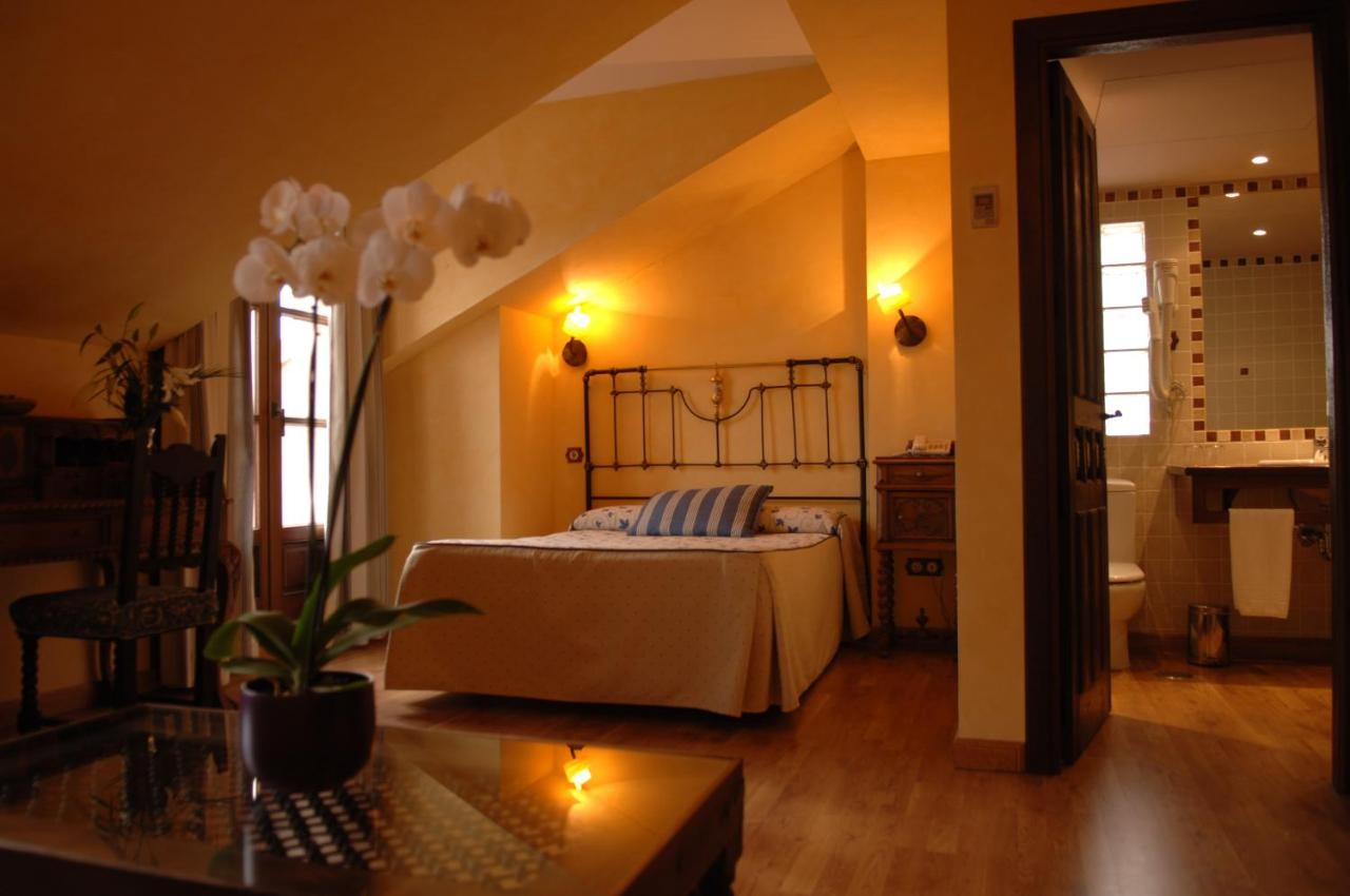Hotels In Trillo Castilla-la Mancha