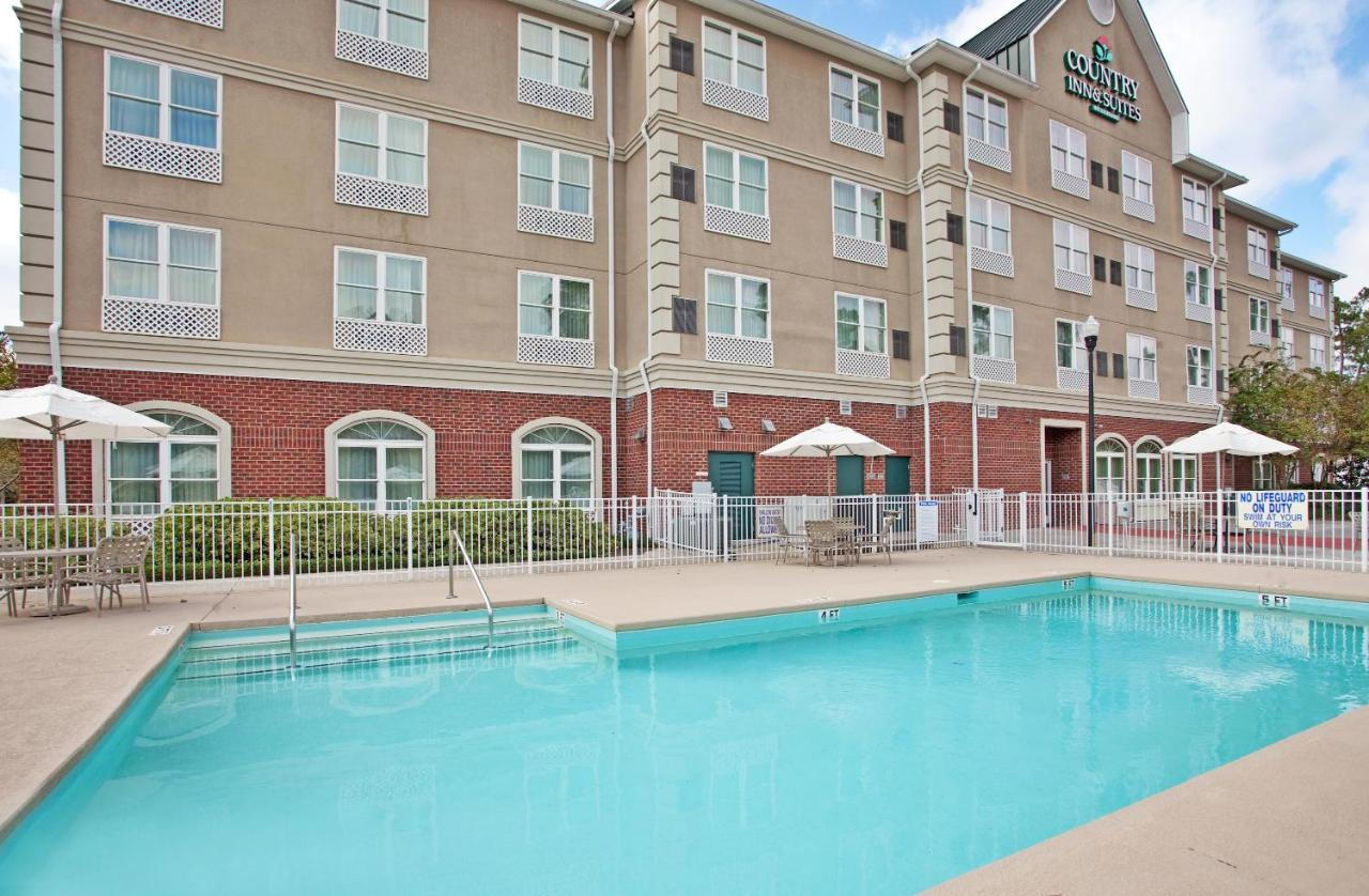 Country Inn & Suites Summerville, SC - Booking.com