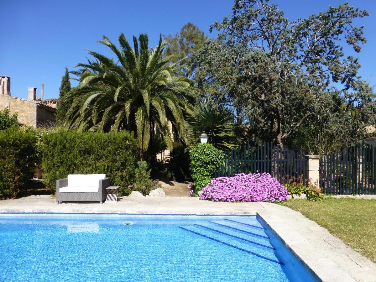 Hotels In Ruberts Majorca