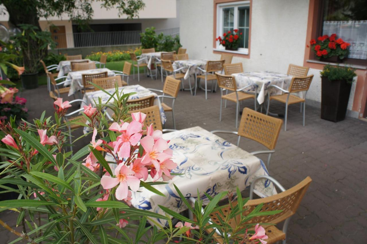 Pension Pernthaler (Italien Schlanders) - Booking.com