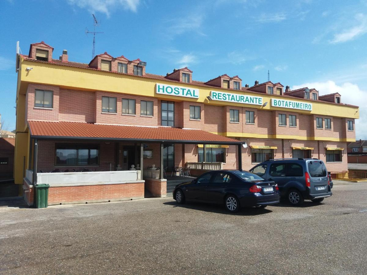 Guest Houses In Villasexmir Castile And Leon