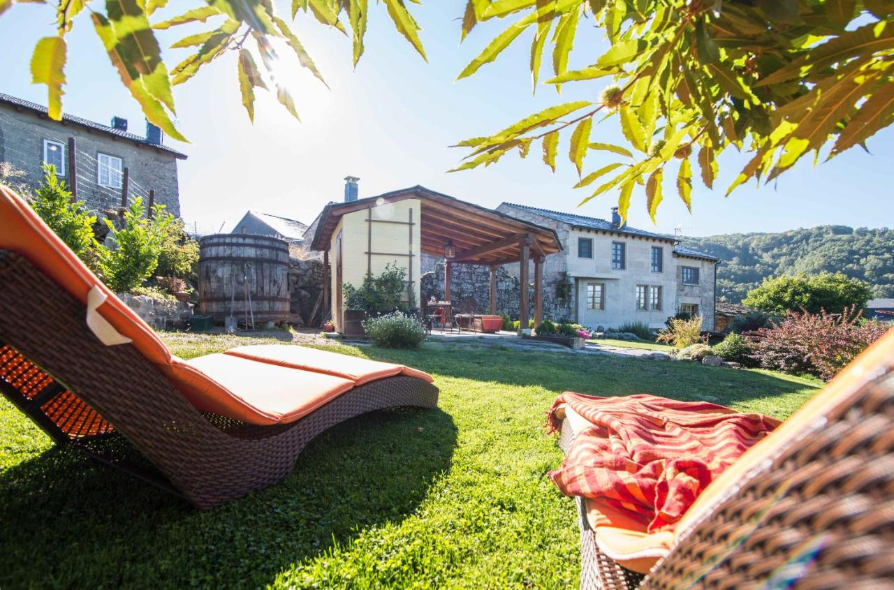 Guest Houses In San Cipriano Galicia