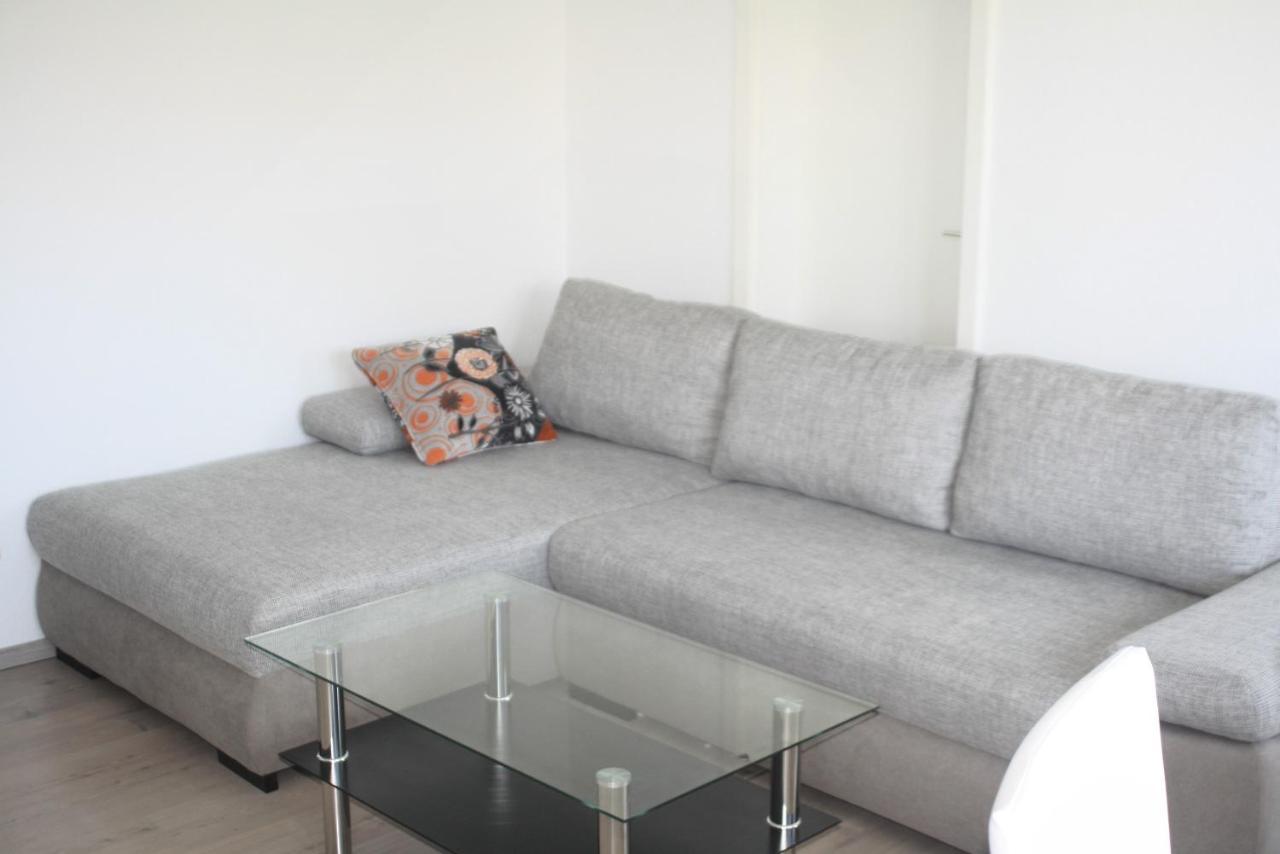 Großartig Hellblaues Sofa Referenz Von Apartment Wohnen Auf Zeit - Hallesche Allee,