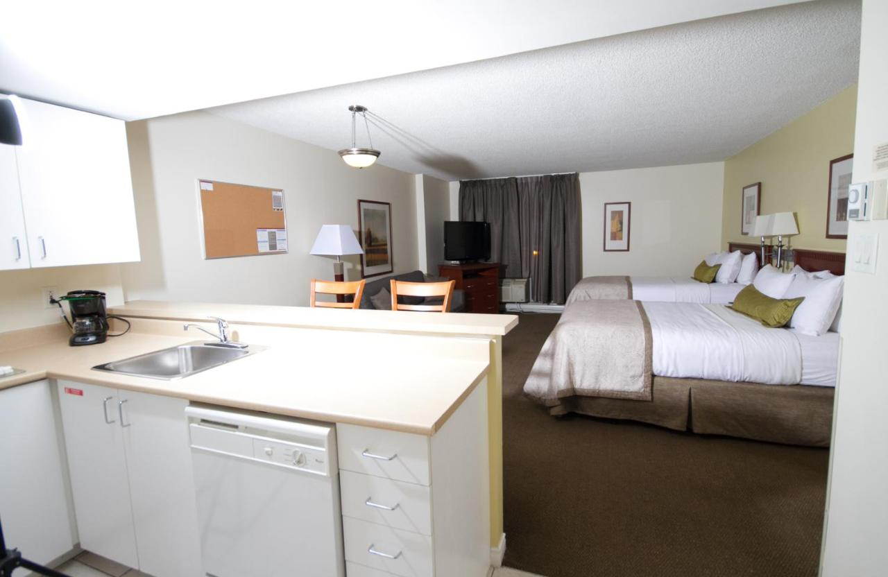 condo hotel candlewood montreal dwtn, canada - booking