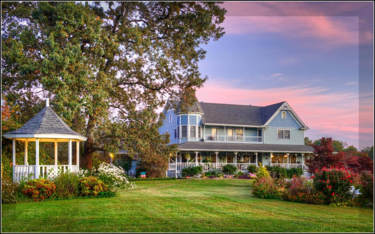 Bed And Breakfasts In Old Chilhowee Tennessee