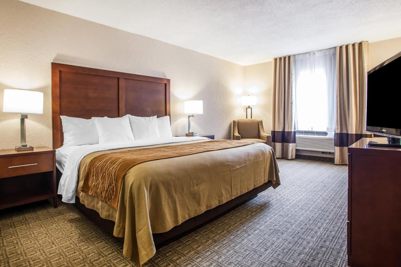 Hotels In Maryland Heights Missouri