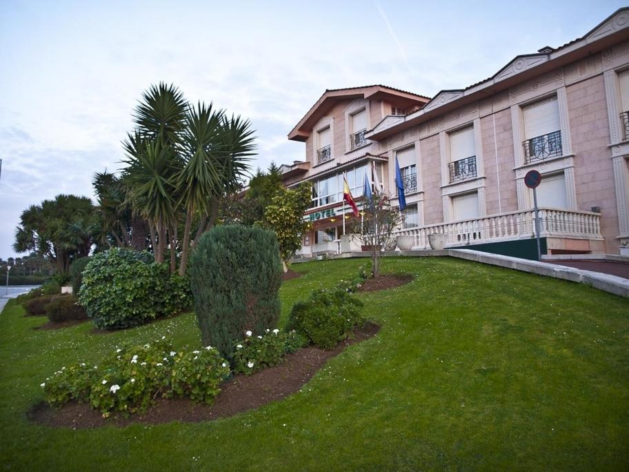 Hotels In Fuejo Asturias