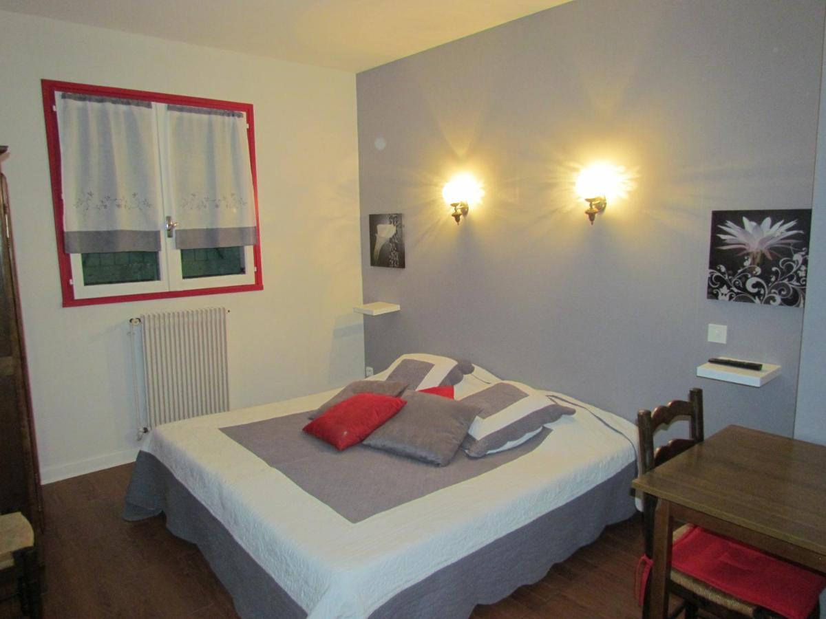 Hotels In Valeins Rhône-alps