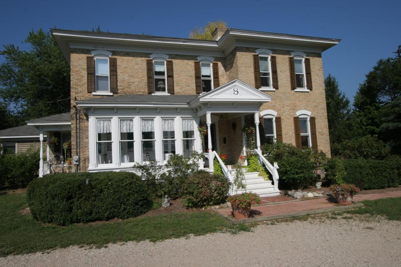 Bed And Breakfasts In Saugatuck Michigan