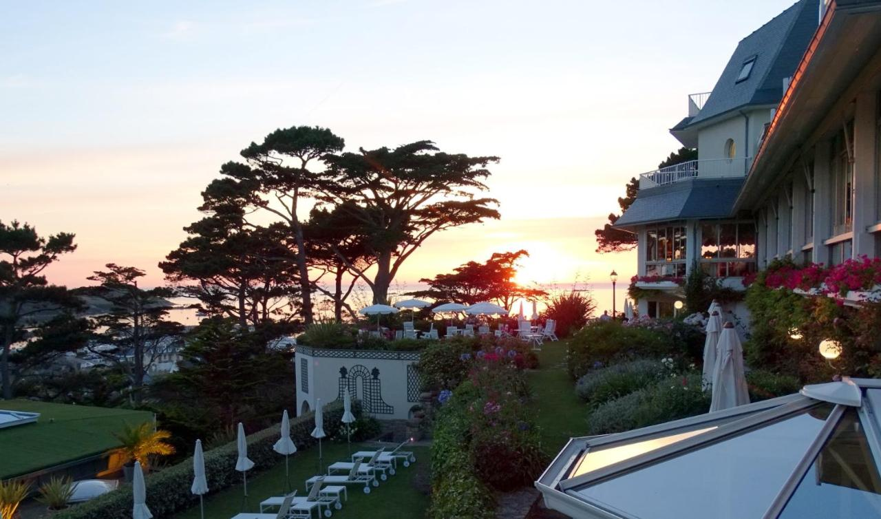 Hotels In Peulven Brittany