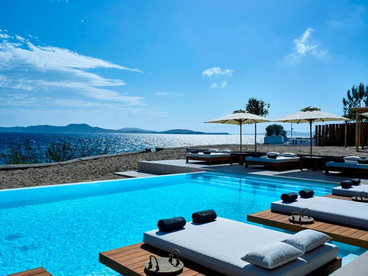 Bill and Coo Coast Suites Hotel in Agios Ioannis - One of the best 5 star hotels in Agios Ioannis, Mykonos