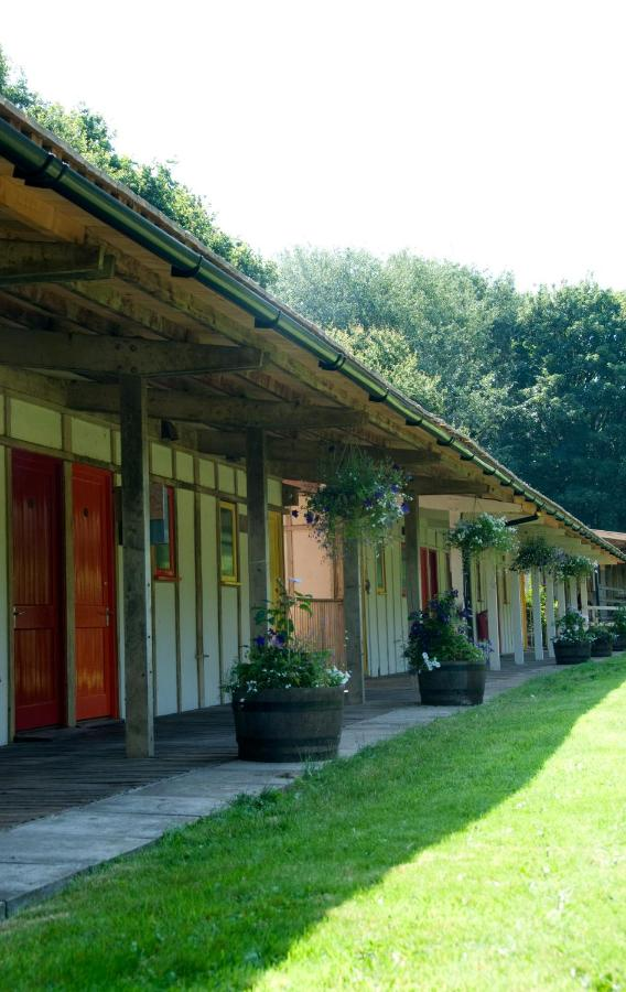 Guest Houses In Rossett Clwyd
