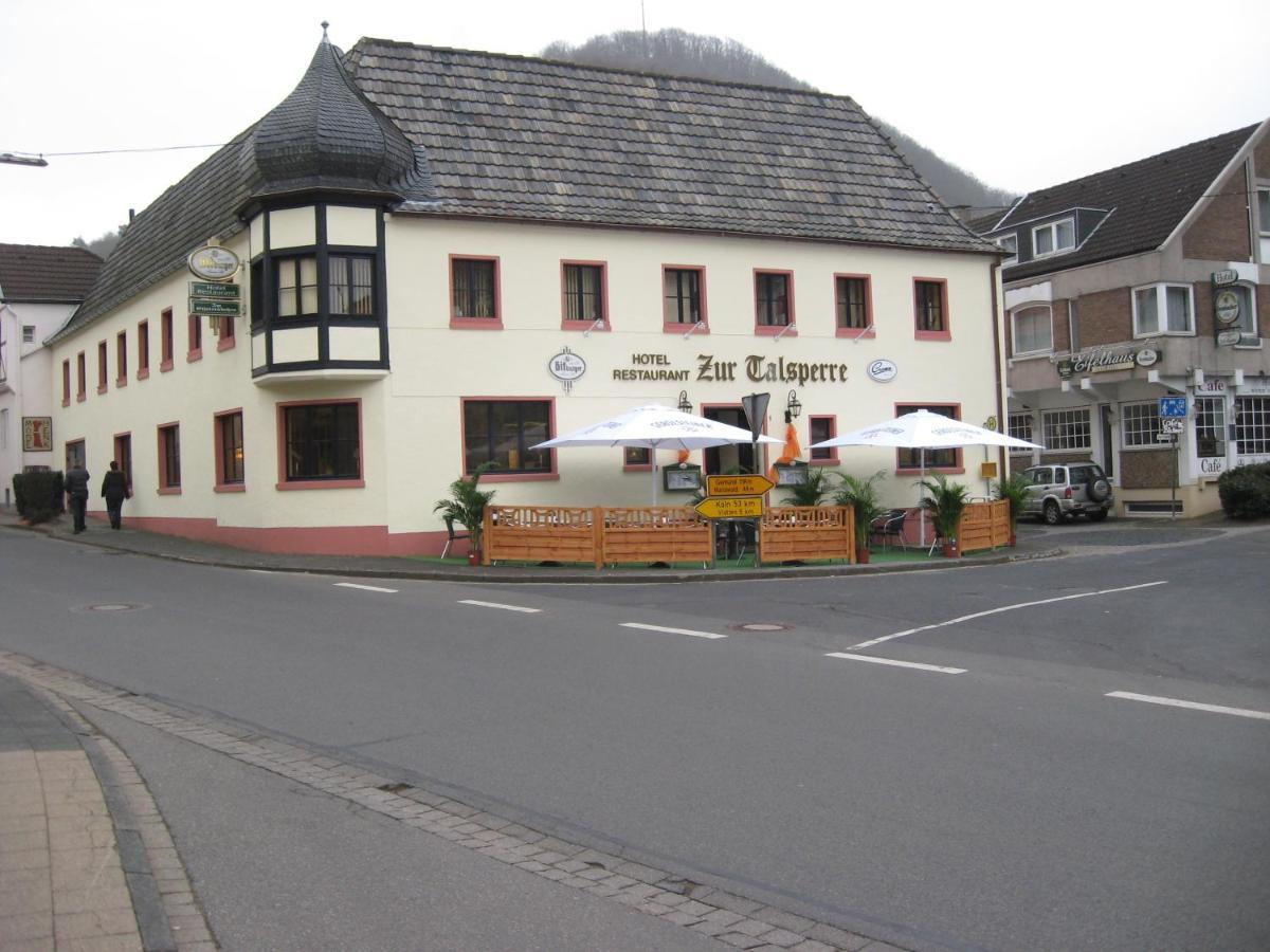 Hotel zur Talsperre (Deutschland Heimbach) - Booking.com