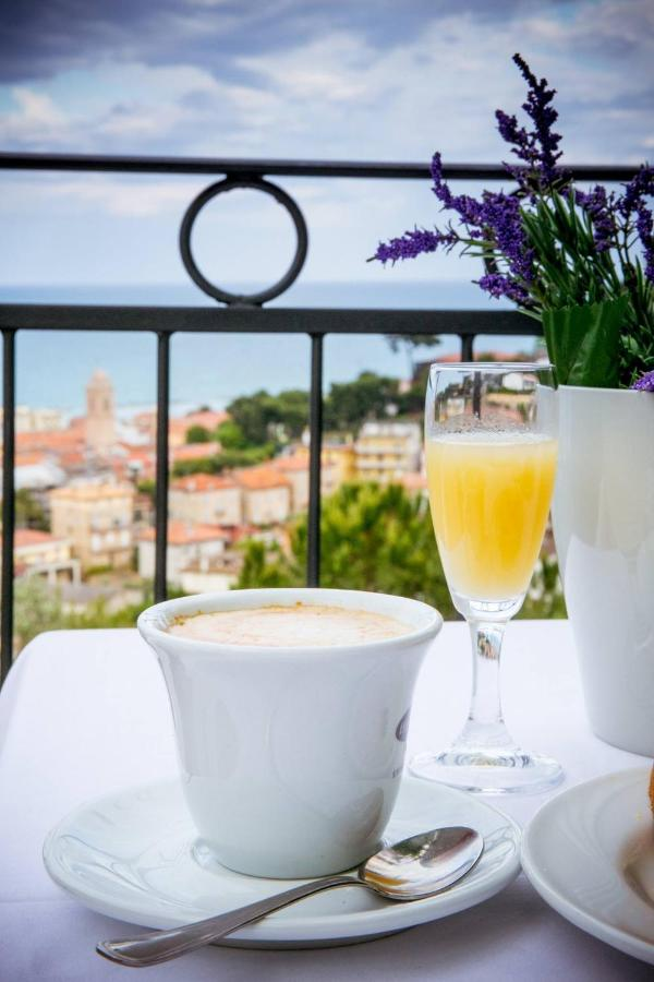 Hotels In Altidona Marche