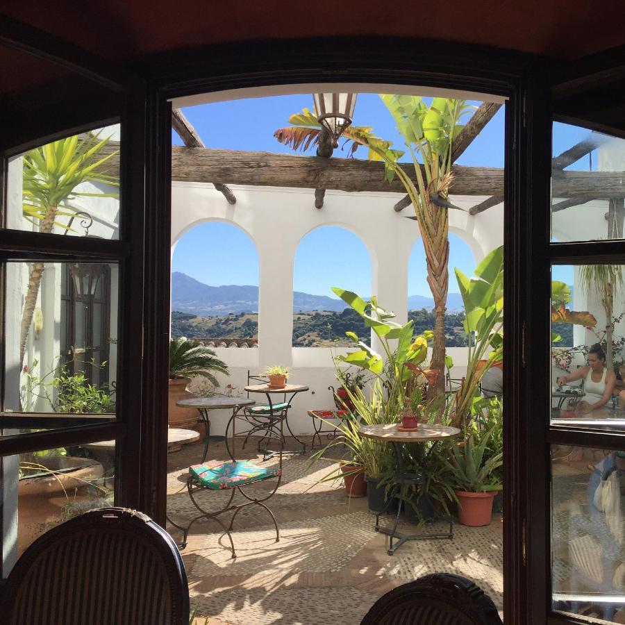 Guest Houses In El Colmenar Andalucía