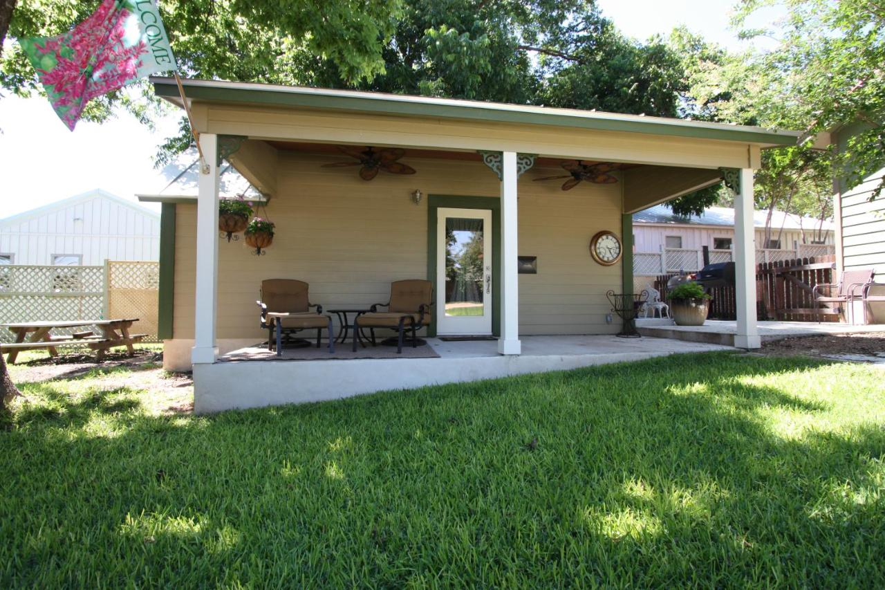 Bed And Breakfasts In Willow City Texas
