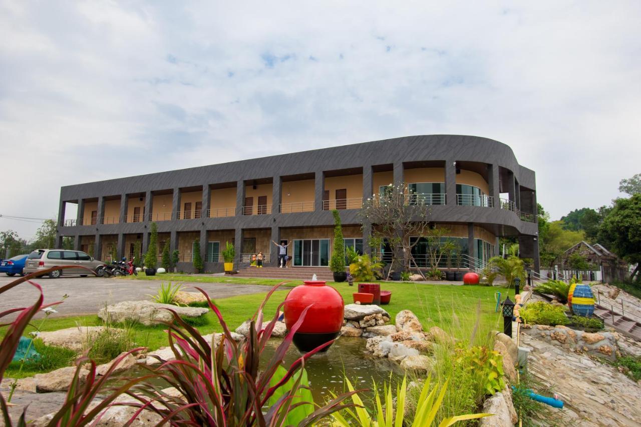Resorts In Ban Khlong Thai Muang Ratchaburi Province
