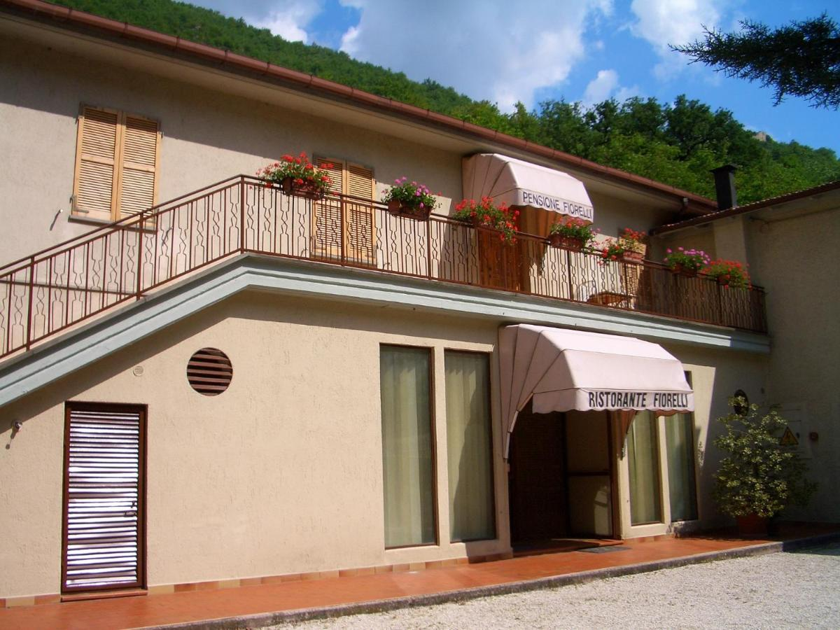 Hotels In Vallinfante Marche