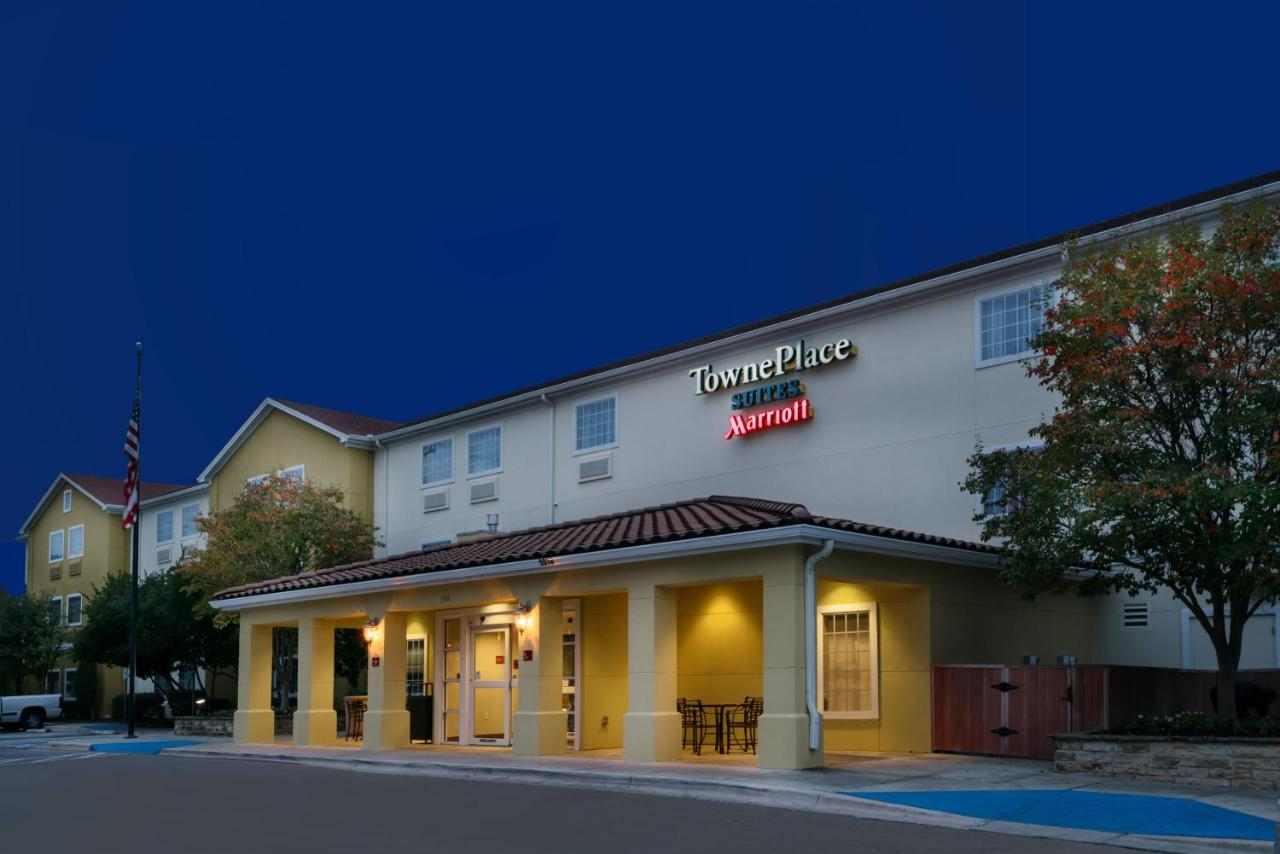 Hotels In Oakland Estates Texas