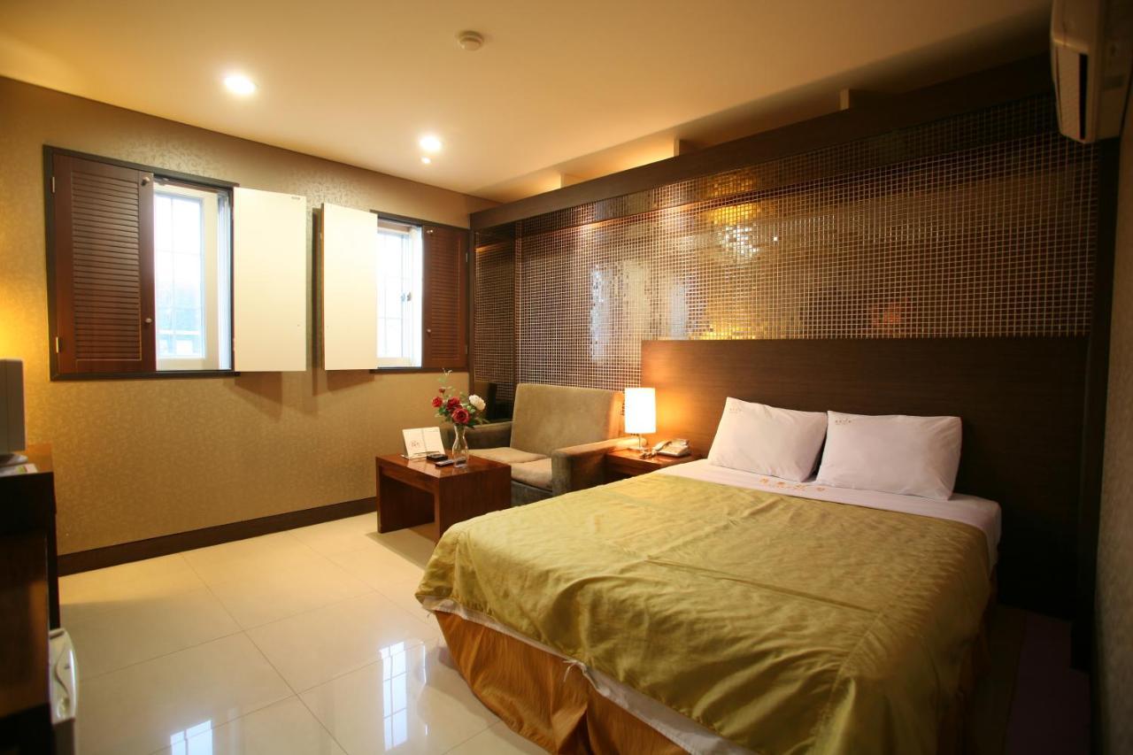 Meridien Hotel Donghae, South Korea - Booking.com