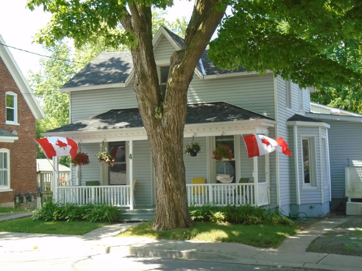 Bed And Breakfasts In Bongard Ontario