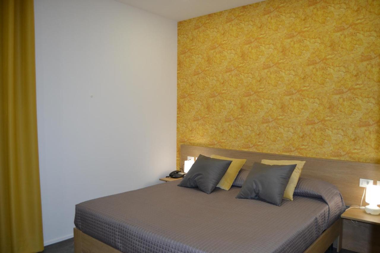 Abraxia Guest House Comiso Italy