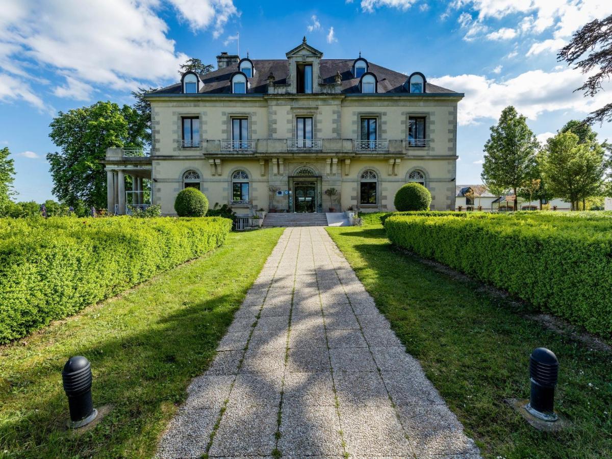 Hotels In Nieuil-l'espoir Poitou-charentes