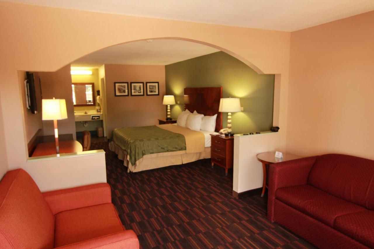 Quality Inn & Suites Warner Robins, GA - Booking.com