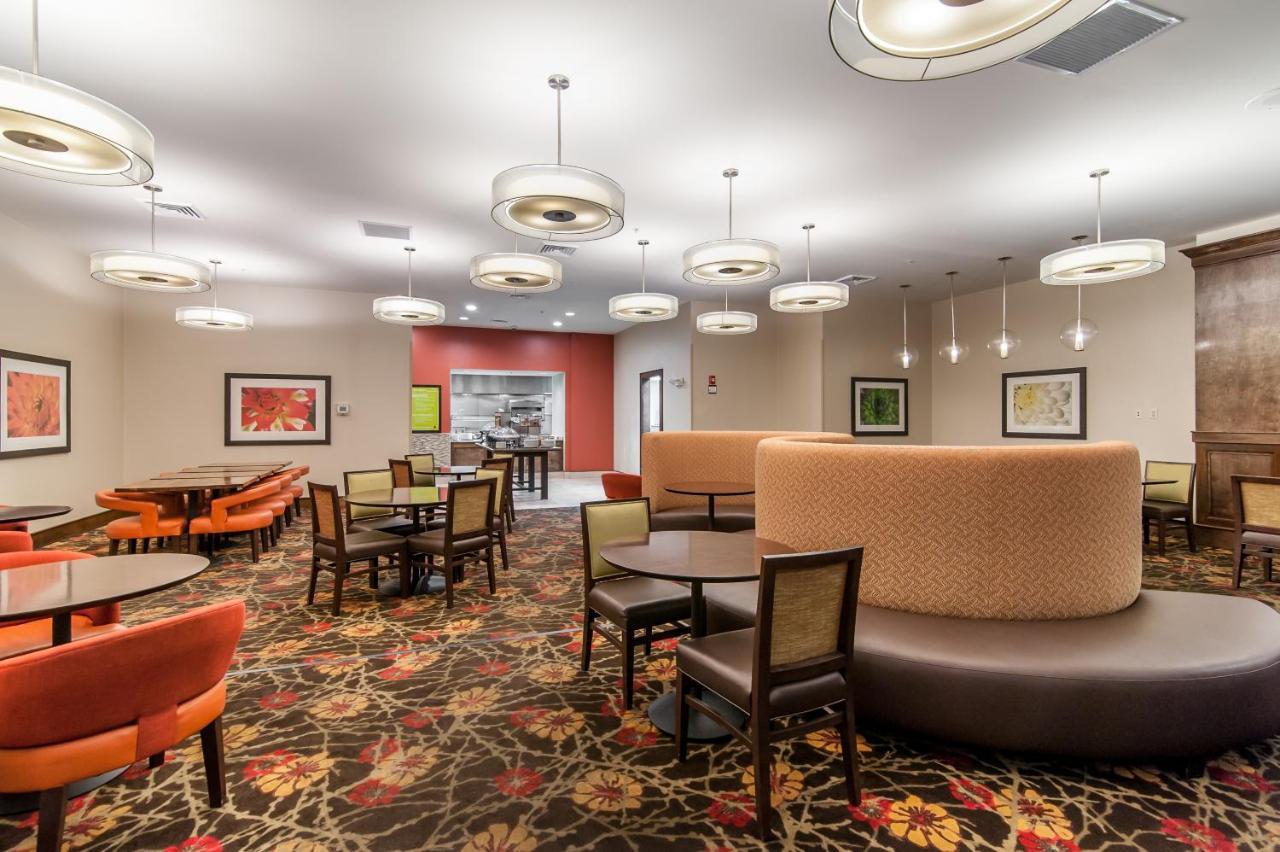 Hilton Garden Inn Closest Foxwoods, Preston, CT - Booking.com