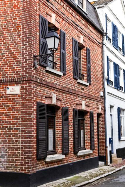 Good Bed And Breakfast La Femme Du0027à Côté, Saint Valery Sur Somme, France    Booking.com