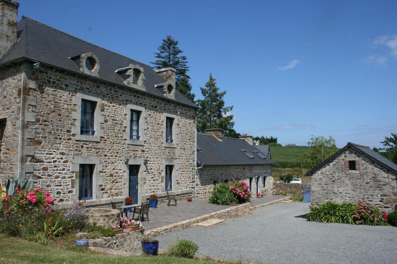 Guest Houses In Saint-alban Brittany