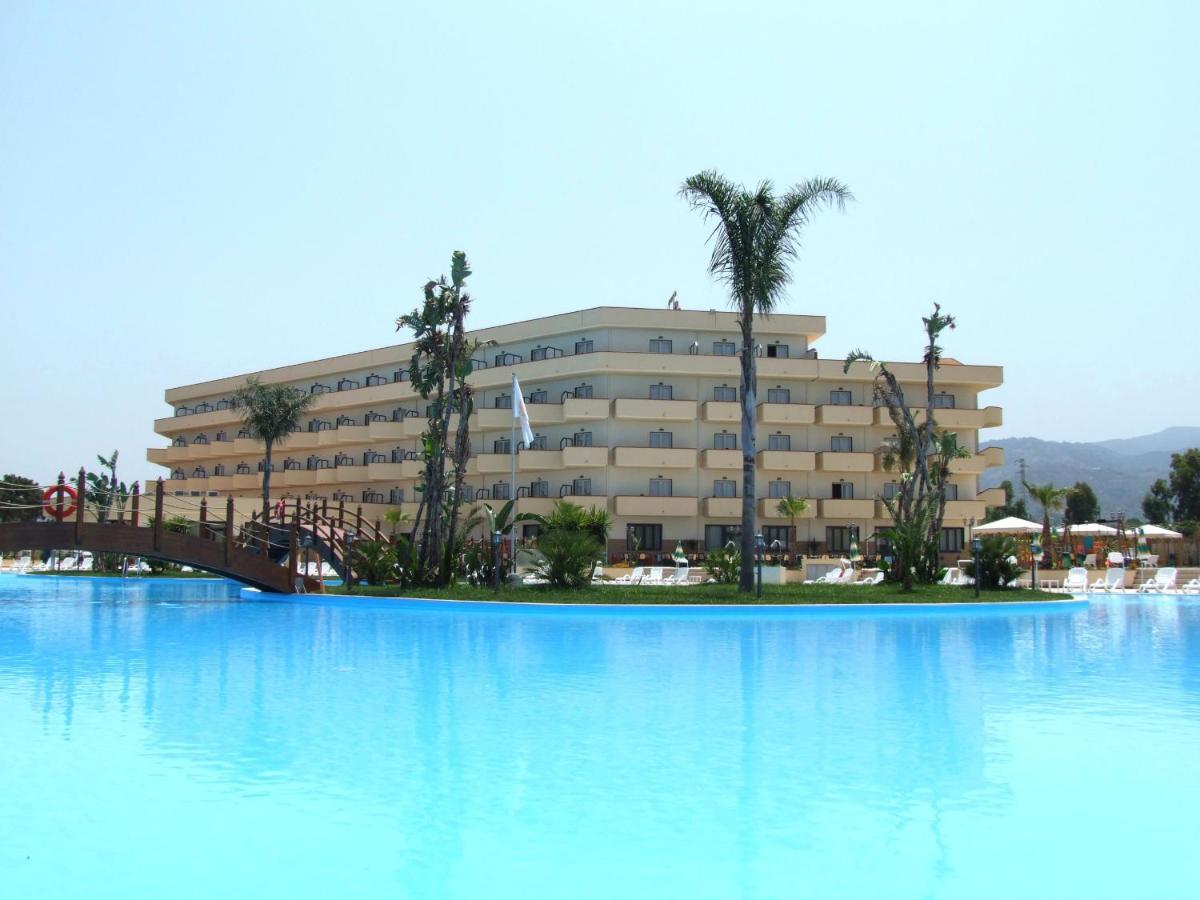 Hotels In Solfara Mare Calabria