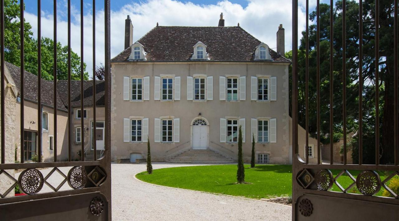 Guest Houses In Paris-l'hôpital Burgundy