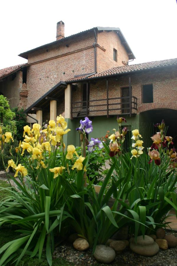 Bed And Breakfasts In Alzate Con Linduno Piedmont