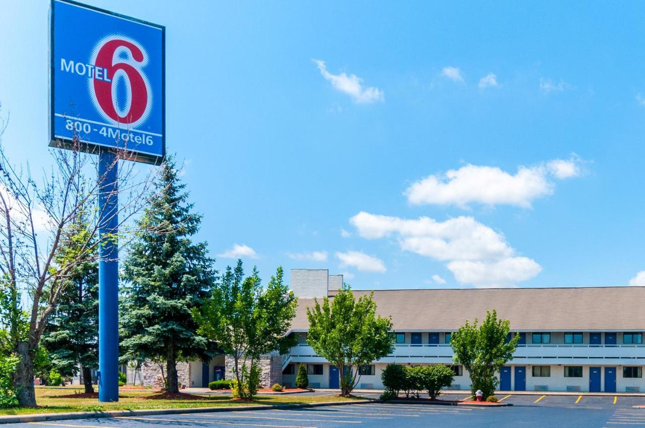 Hotels In Flat Rock Michigan