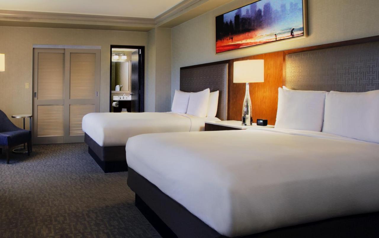 hotel hilton chicago il booking com