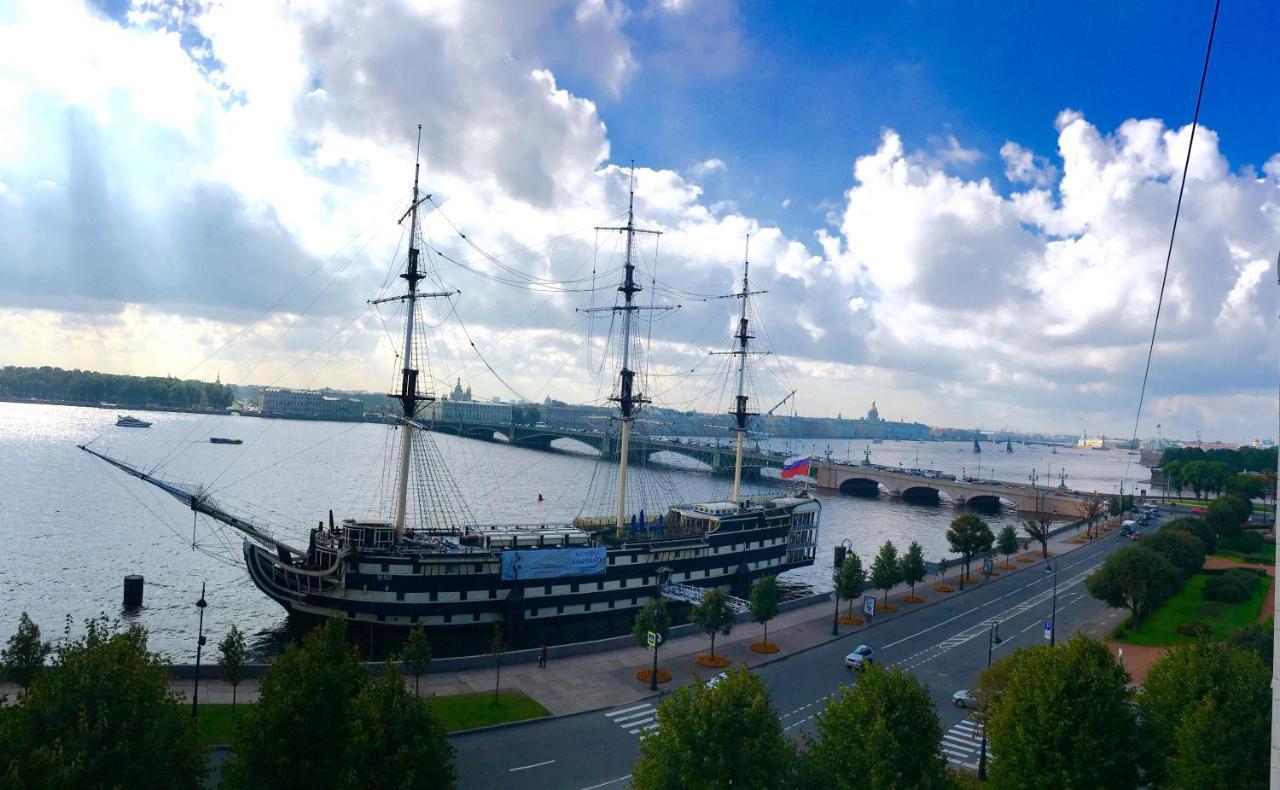 St. Petersburg Troitskaya Meydanı: Tarih ve Manzaralar 100