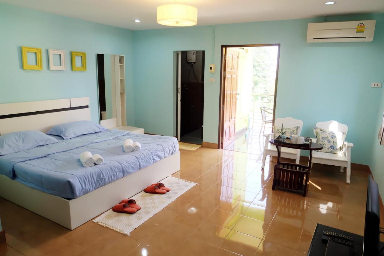 Guest Houses In Ban Khuan Khan Trang Province