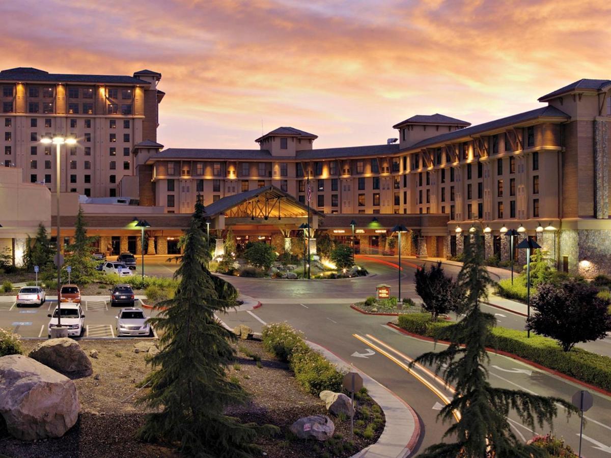 Resorts In Yosemite Forks California