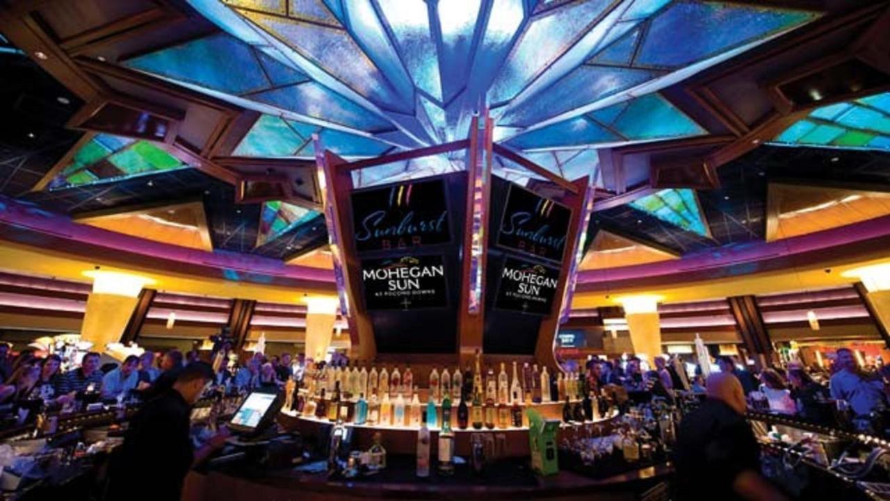 Moheagan sun hotel casino casino to hire