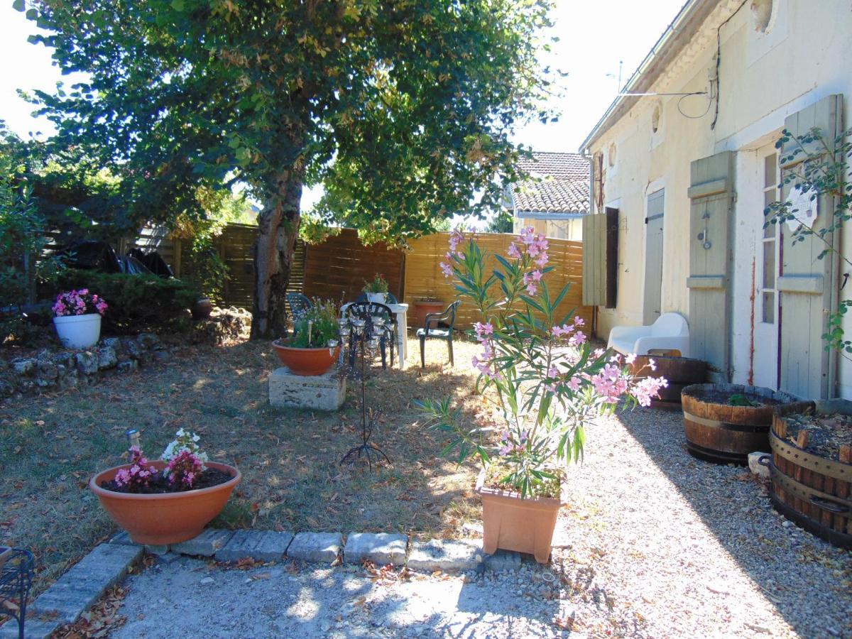 Guest Houses In Pessac-sur-dordogne Aquitaine