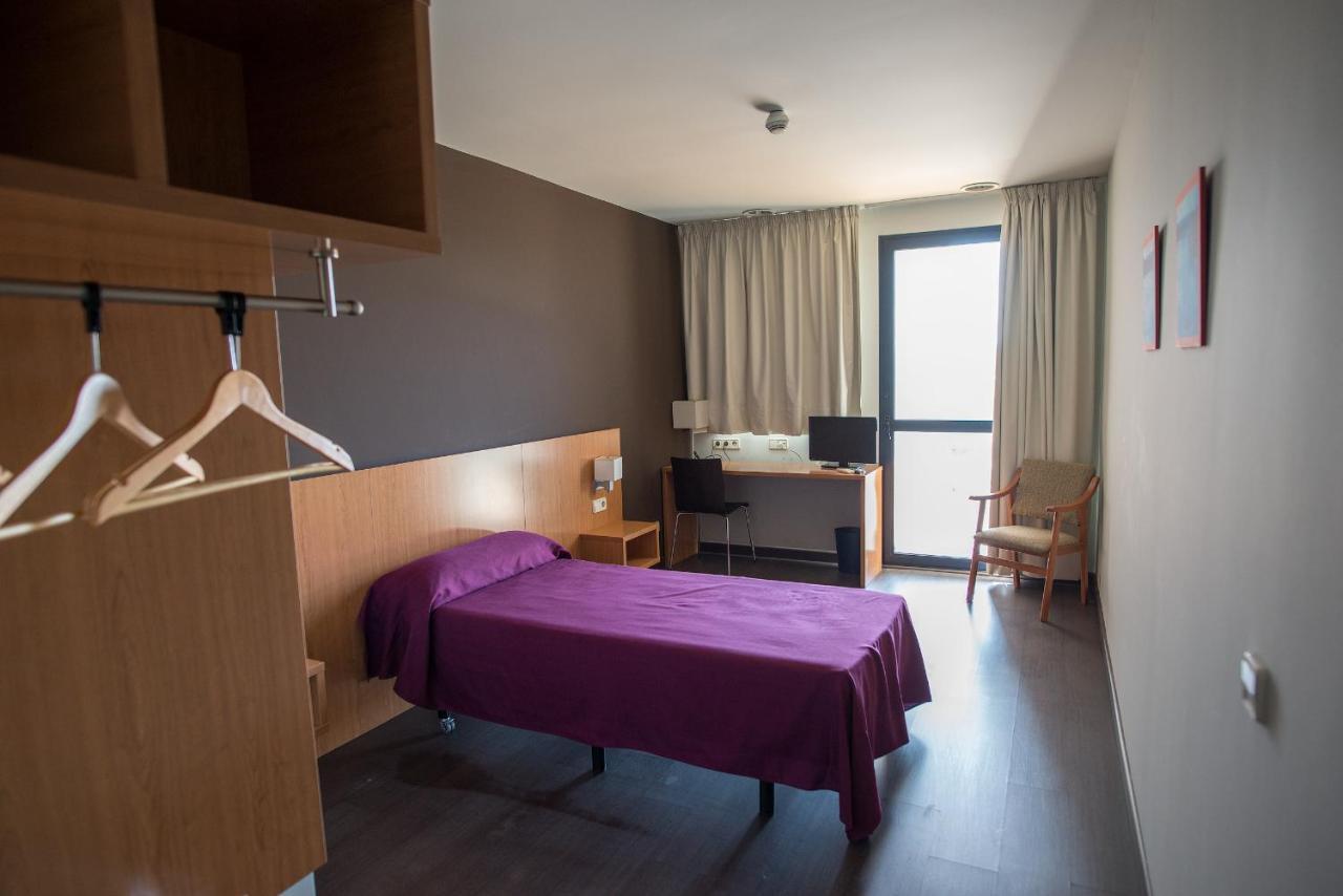 Hotel Hostal Mediterranea (Spanje Madrid) - Booking.com