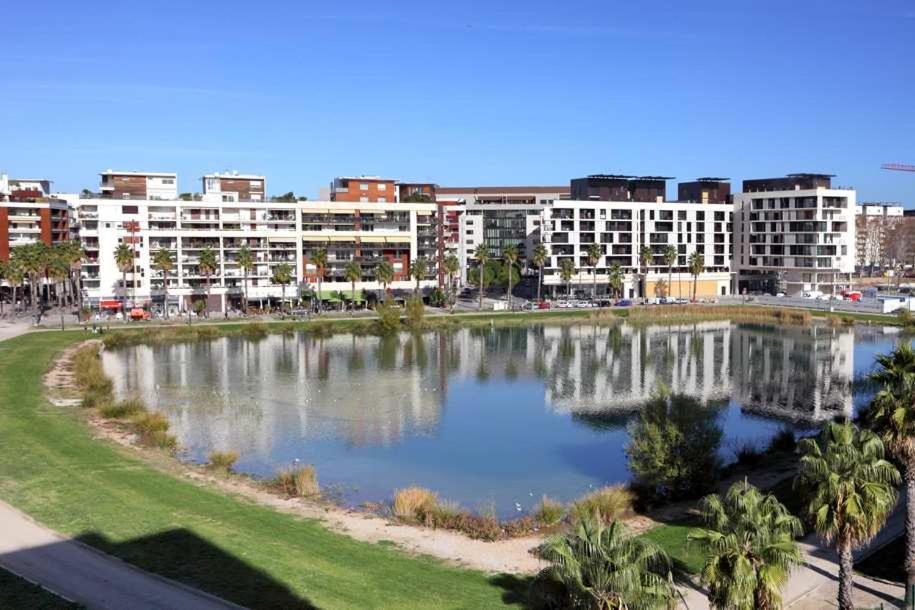 Apartment Port Marianne Montpellier France Bookingcom - Location appartement montpellier port marianne