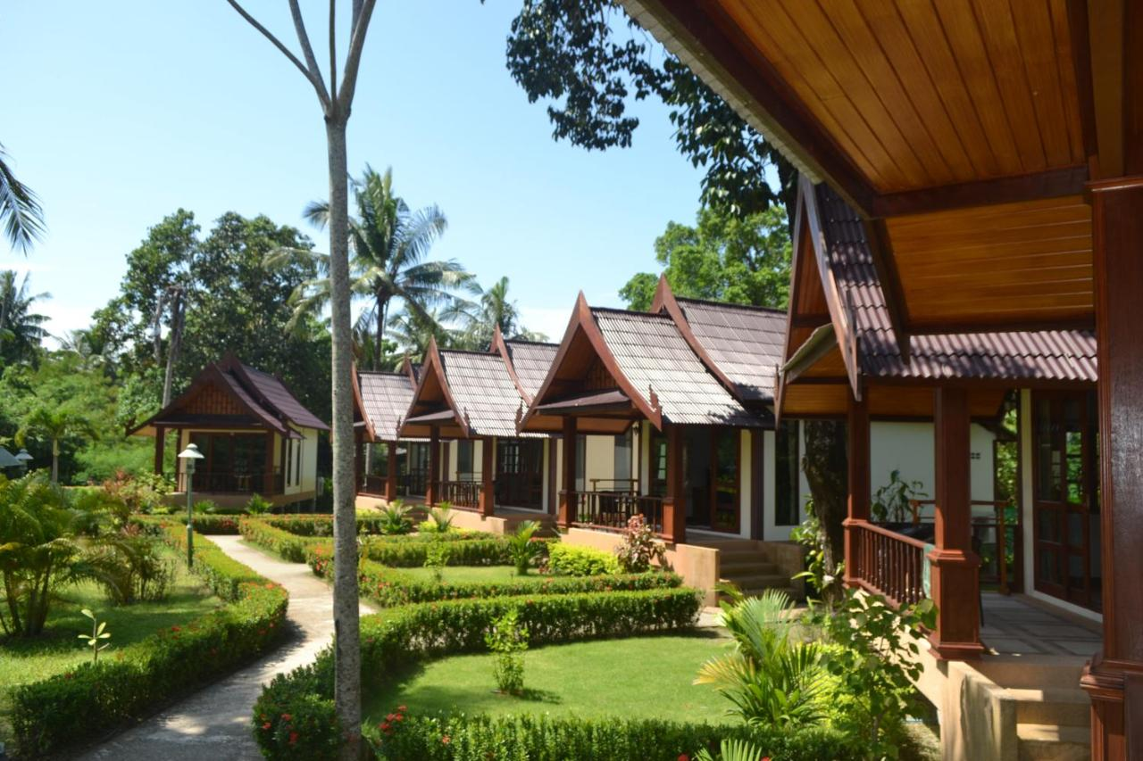 Resorts In Ban Ai Dao Koh Lanta