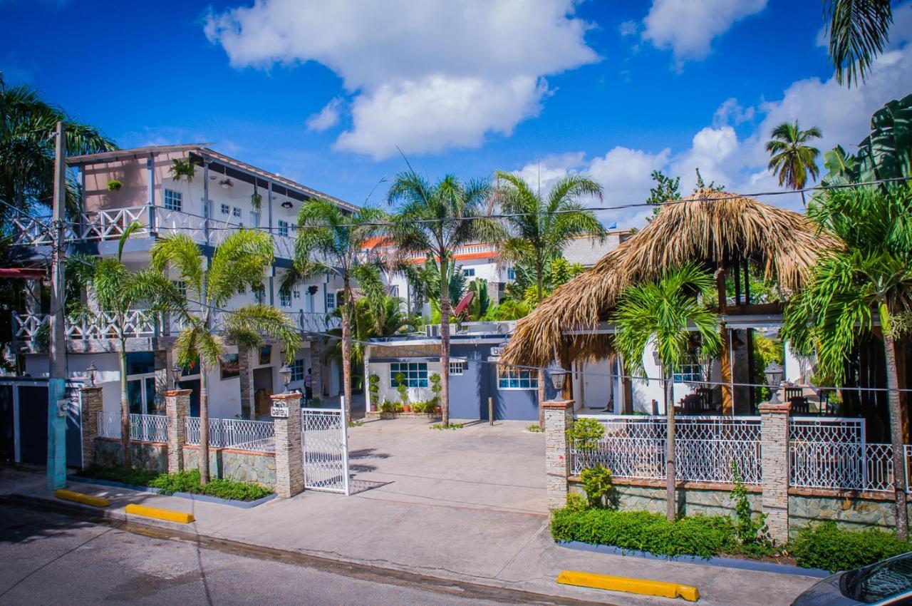 Hotels In Cuevas Greater Santo Domingo
