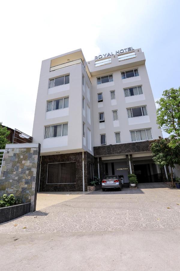 royal hotel bien hoa vietnam booking com rh booking com