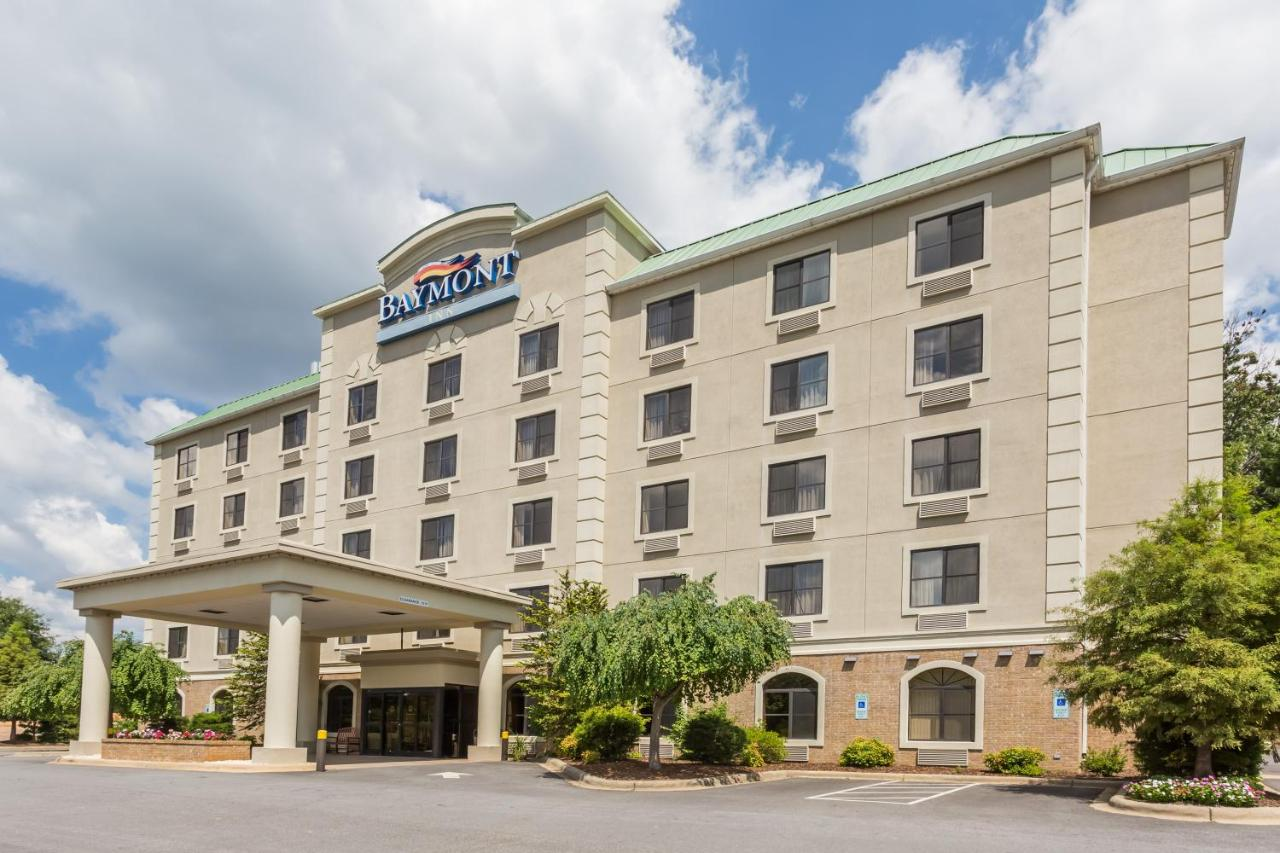Baymont Inn & Suites Asheville, NC - Booking.com