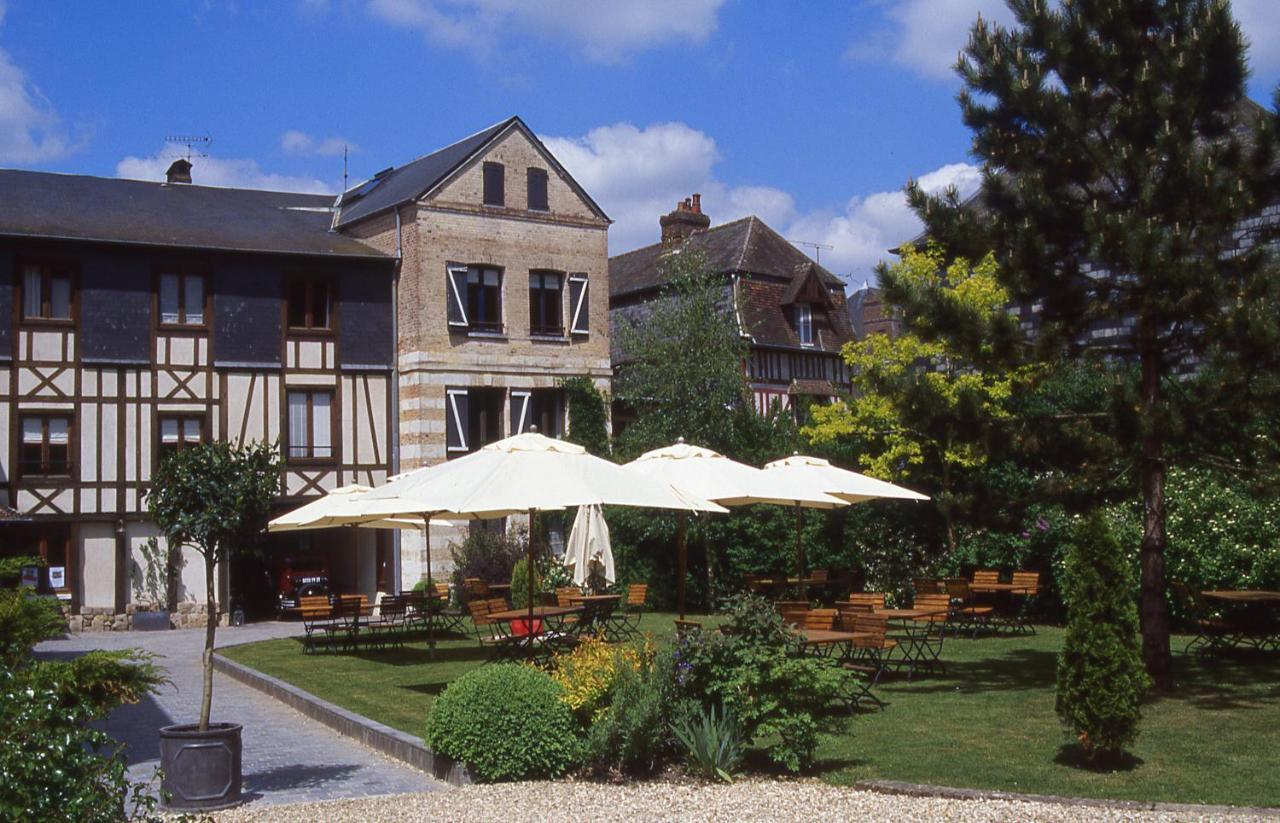 Hôtel La Licorne & Spa, Lyons-la-Forêt, France - Booking.com