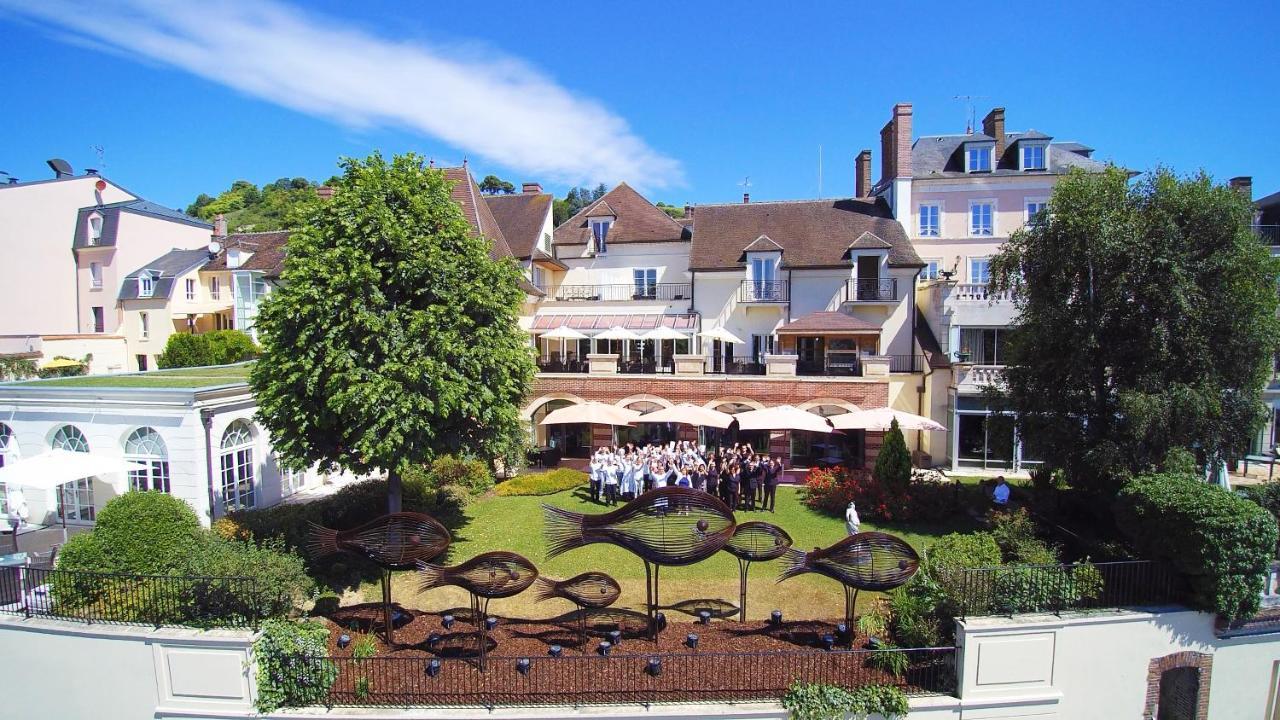 Hotels In Paroy-sur-tholon Burgundy