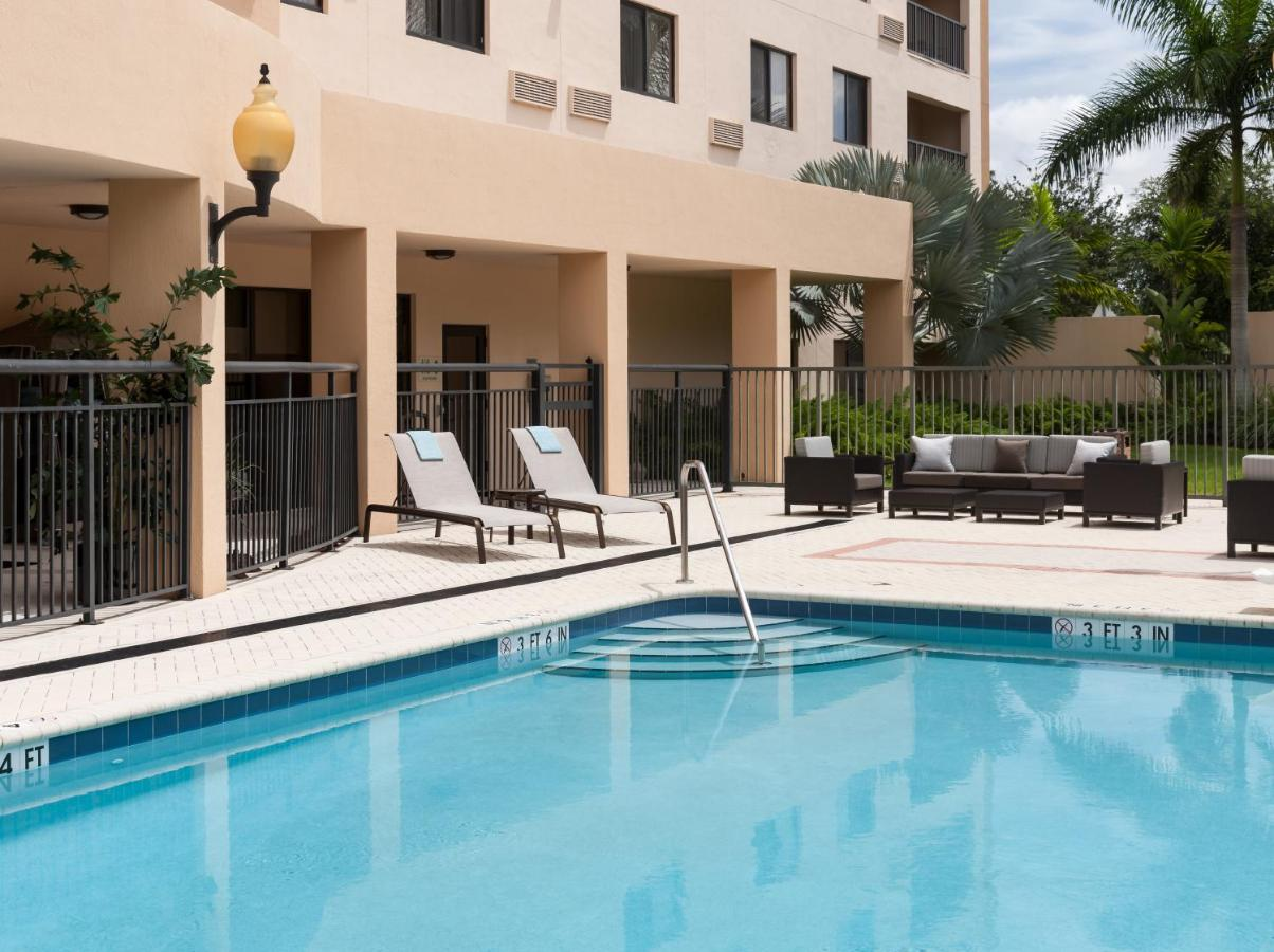 Courtyard Miami at Dolphin Mall, Miami – Updated 2018 Prices